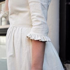 Kurti Sleeves Design, Kurta Neck Design, Sleeves Designs For Dresses, Dress Neck Designs, Sleeve Designs, Kurta Designs, Blouse Designs, Cotton Frocks For Kids, Ikkat Dresses