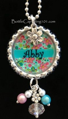 Personalized bottle cap necklace for Abby $16 FREE SHIPPING Bead Bottle, Bottle Cap Jewelry, Bottle Cap Necklace, Bottle Cap Art, Bottle Cap Images, Diy Bottle Cap Crafts, Bottle Cap Projects, Diy Schmuck, Schmuck Design