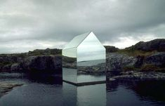 The Ekkehard Altenburger Temporary Installation Reflects Nature #beautifuldesigntrends