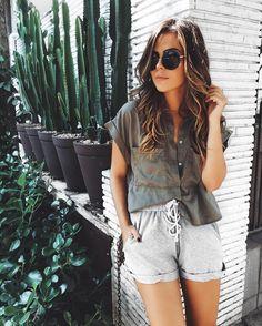 yesterday's outfit.  short mais confortável impossível! amo para o dia a dia!! (últimas peças da reposição disponíveis!) #crieiusei #carolfarina shopcarolfarina.com.br/