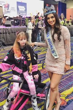 Miss world Manushi Chillar Aalia Bhatt, Alia Bhatt Cute, Pageant Girls, Miss India, Lord Krishna Images, Girl Attitude, Miss World, Beauty Pageant, Priyanka Chopra