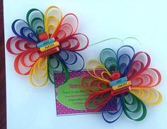 Arco del pelo de la flor descabellado a escuela por TreasuresByTrin