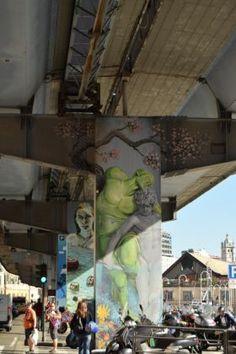 Walk The Line, Genova Urban Life, Urban Art, Weird Art, Strange Art, Amazing Street Art, Art Impressions, Street Art Graffiti, Street Artists, Installation Art