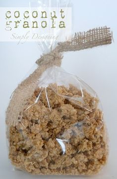 Homemade Coconut Granola #breakfast #recipe