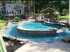 Pool with lazy river
