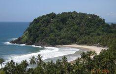 Prainha – Itacaré (BA)    Uma das preferidas pelos surfistas, a Prainha tem acesso por trilha de 50 minutos – melhor contratar um guia para acompanhar. Se o seu negócio não é surfe, vá para aproveitar a faixa plana de areia, boa para caminhadas e para jogar frescobol.