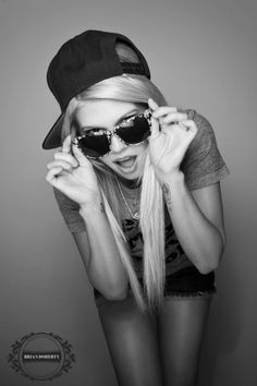 Chanel West Coast is the only girl i would want to see in a fitted/snapback. Idk y girls wear ball caps they look super butt in them.