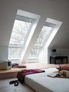 I like the way that this room has a raised section before the window.