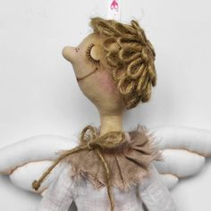 Ангелочек для мальчика по выкройке Елены Войнатовской (ангел Мотя) Интерьерная кукла ростом около 40см, сшита из хлопковых и льняных тканей, прическа из джутовой веревки. Приятно, когда покупатели возвращаются! у меня часто так бывает- в некоторых семьях живет по несколько моих кукол и игрушек))) . #ДианаГолуб #ДжутикиМоиКуколки