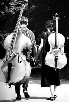 double bass and cello #Żyburtowicz #photography #bass violin #double bass #cello#violoncello #violoncellist #bassist #Black and White #love #hand in hand #poland
