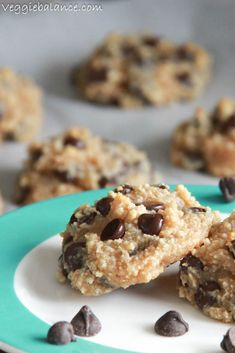 Haven't tried but if you reduce flour to 3/4 cup and replace peanut butter with 1/4 cup PB2; use 5T mini morsels; 1/4 white sugar and make 18 cookies = 2SP each