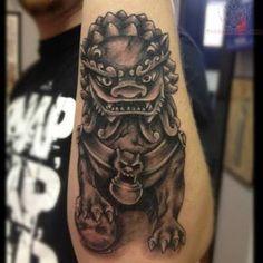 Resultado de imagem para foo dog tattoo