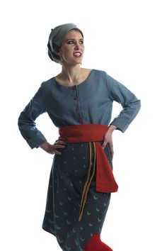 Die StadtSpionin | Modestrecke Linusch Marlene Dietrich Hose, Blouse, Long Sleeve, Sleeves, Fashion, La Mode, Linen Fabric, Cotton, Blouse Band
