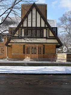Moore House, Oak Park - Frank Lloyd Wright