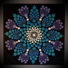 30 x 30 cm. Dot Art Painting, Mandala Painting, Acrylic Painting Canvas, Mandala Art, Mandela Stones, Rock Art, Techno, Diy And Crafts, Shells