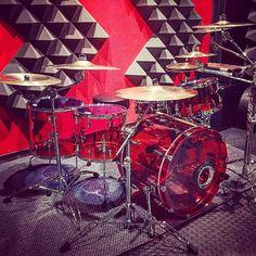Acrylic Red  TAG A DRUMMER Featured  @superfreak_studios  #drum#drums#drummer#drummerboy#drumset#drumkit#drumporn#drumline#drummergirl#recordingstudio#musico#baterista#instadrum#drumming#percussion#percussionist#drumsoutlet#tama#DWdrums#ludwig#sjcdrums#gretsch#Bateria#pearldrums#drumlife#drumdrumdrum#sessiondrummer#drumsticks by drumset_up