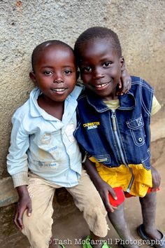 Friends matter, Rwanda Fascinating Rwanda, Africa http://www.travelandtransitions.com/destinations/destination-advice/africa/