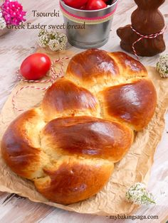 If there is a smell that reminds me of Easter time definitely is the smell of fresh baked tsoureki. The superb sweet aroma of mastic and the nutty aroma of mahlepi make this Greek Easter bread not only delicious but also unique. Greek Sweets, Greek Desserts, Greek Recipes, Greek Sweet Bread Recipe, Greek Easter Bread, Baking Recipes, Dessert Recipes, Easter Recipes, Easter Ideas