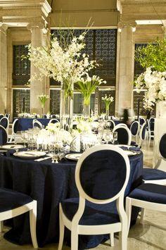 black table cloths, white flowers   elegant wedding