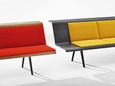 O sofa Zinta, design Lievore Altherr Molina, visto em diferentes acabamentos e estofamentos