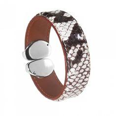 Man bracelet leather black glow - Vanderly Trendy Bracelets, Bracelets For Men, Cuff Bracelets, Man Bracelet, Glow, Leather, Black, Jewelry, Jewlery