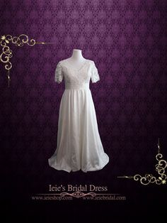 Vintage Style Ivory Lace Wedding Dress with Sleeves and Side Pockets | Plus Size Wedding Dress | Brenda by ieie on Etsy https://www.etsy.com/listing/231688972/vintage-style-ivory-lace-wedding-dress