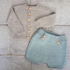 Skjønnas-shorts og skjønnas-jakke fra høst og vinterheftet vårt :) #klompelompe #skjønnasjakke #skjønnasshorts