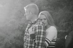 Engagement pose ideas | Black and white photography examples | Sweet Cheeks Photography