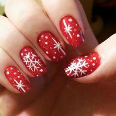 #nail #nails #nailart #winter #christmas #christmasnail #christmasnailart #red #white #gold #snow