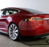 Vukee Car to launch Tesla Model S car sharing program in Palo Alto California. Possible price for this, $39 per hour.