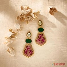 Our beautiful dangle earrings are meant to transform you on your special day. Choose your outfits' most equisite ethnic earrings. Shop online for Gold Plated Thewa Enamel Earrings from our collection Gold Jhumka Earrings, Indian Jewelry Earrings, Jewelry Design Earrings, Gold Earrings Designs, Egyptian Jewelry, Gold Jewellery Design, Green Earrings, Gold Necklace, Pendant Necklace