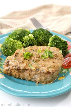 Keto pork chops in parmesan cream sauce. Thick cut boneless pork chops are panfried and topped with flavorful Parmesan cream sauce with garlic and basil. It'senough to blow up the taste buds in your mouth. Serving it alongside Keto Crockpot Recipes, Pork Chop Recipes, Low Carb Recipes, Diet Recipes, Cooking Recipes, Healthy Recipes, Recipes Dinner, Healthy Meals, Dinner Ideas