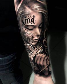 52 Impressive Arm Tattoo Designs For Men And Women; arm tattoos for women; arm tattoos for guys; arm tattoos for women forearm; arm tattoos for women upper Tattoos Masculinas, Chicanas Tattoo, Skull Girl Tattoo, Girl Face Tattoo, Cool Arm Tattoos, Bild Tattoos, Best Sleeve Tattoos, Skull Tattoos, Body Art Tattoos