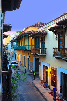 Quieres Viajar a #Cartagena #DestinoFavorito en #EasyFly.  Conoce más en www.easyfly.com.co/Vuelos/Tiquetes/vuelos-desde-cartagena Columbia South America, Central America, Colombia Travel, Beautiful Landscapes, The Good Place, Travel Photography, Beautiful Places, Places To Visit, Around The Worlds