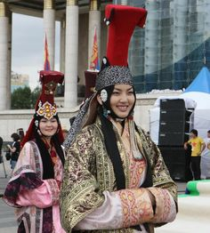 traditional Mongolian clothes during the annual Mongolian Clothing ...