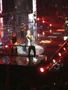 Concert Junkie? One Direction #Niall #Palace  #Detroit #1DintheD