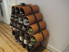 Thanks to Jost Litzen from Hamburg, Germany for sending in these pics of a shoe rack he designed using simple drain pipes purchased at a hardware store. Pvc Shoe Racks, Shoe Rack Store, Diy Shoe Rack, Shoe Storage Hacks, Storage Ideas, Shoe Holders, Diy Regal, Ideas Para Organizar, Shoe Cabinet