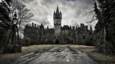"""【画像】ベルギーで1991年に放棄された""""ミランダ城"""" の魔王城感が凄い…(46枚)   2ちゃんねるスレッドまとめブログ - アルファルファモザイク"""