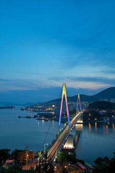 Dolsan Bridge, Yeosu | This year Expo 2012 is being held in the city of Yeosu in Korea!