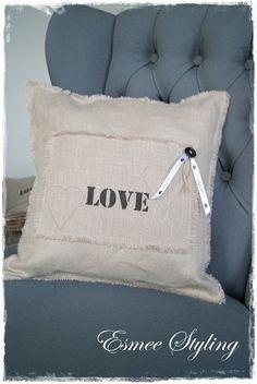 http://static.mijnwebwinkel.nl/winkel/esmeestyling/images/love.jpg
