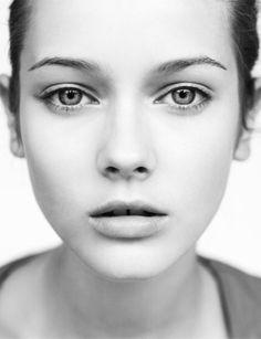 Beautiful portrait.  Simple.