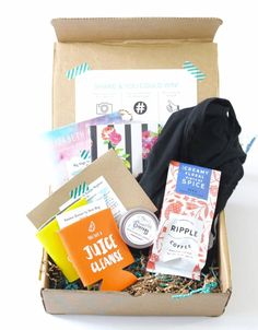 The Willie Wags Review June 2016, the first subscription box that supports & gives back to women owned small businesses...