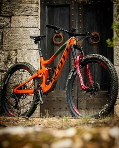 As a beginner mountain cyclist, it is quite natural for you to get a bit overloaded with all the mtb devices that you see in a bike shop or shop. There are numerous types of mountain bike accessori… Downhill Bike, Mtb Bike, Bike Trails, Mountain Bike Accessories, Cool Bike Accessories, Mountain Bike Frames, Mountain Biking, Scott Bikes, Montain Bike