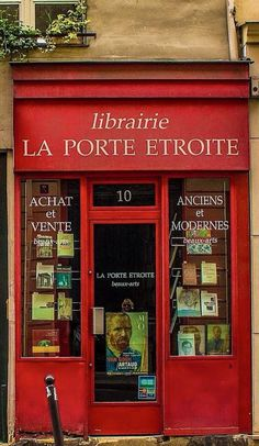 #French bookstore