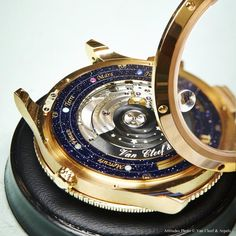 Van Cleef  Arpels : Planétarium timepiece : casing movement
