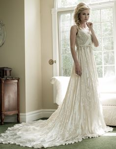 sarah-houston-wedding-dresses-11-08122014nz