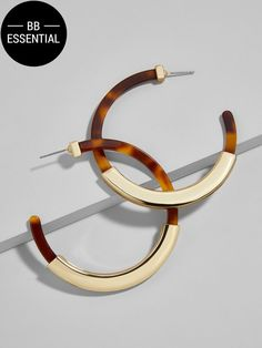 Artful Ambler Wishlist Wednesday - Tassiana Resin Hoop Earrings - $36 at BaubleBar. Women's jewelry, women's earrings, hoop earrings, tortoise shell, gold earrings, resin jewelry, modern earrings, modern jewelry, women's accessories.