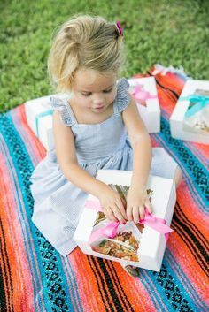 cute dress for a picnic or photoshoot // kids fashion