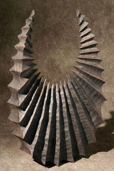 thierry martenon, artiste sculpteur sur bois                                                                                                                                                                                 Plus