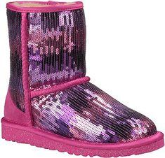 UGG Classic Short Sparkle Wave Big Kids - Princess Pink with FREE Shipping & Returns. The Classic Short Sparkle Wave incorporates the iconic comfort of UGG®